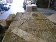 Caisson d'ossature bois-paille préfabriqué en atelier (photo V. Rigassi)